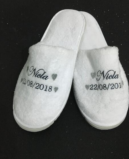 201764f07e8d3 Custom Novia Bride Spa Slippers Bridesmaid Maid-of-honour Bridal-party  Slippers Birthday Christmas Birthday Wedding Party Favors Online with   28.34 Pair on ...