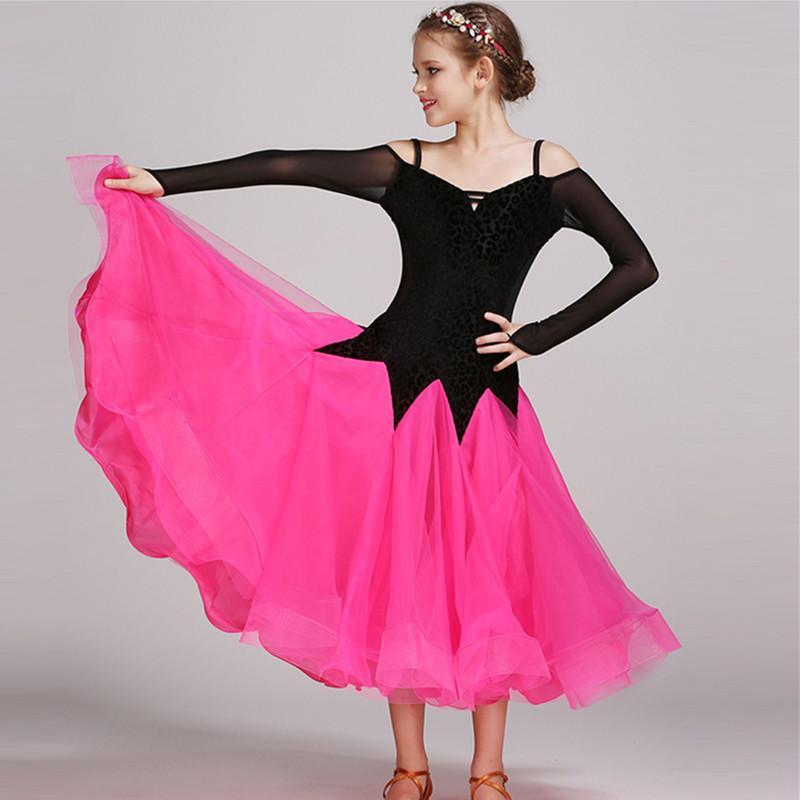 389c438dd17 Compre Niñas Rosadas Trajes De Baile Moderno Para Niños Vestidos De Baile  De Salón Vestimenta Estándar De Baile De Salón De Baile Competición Vestido  ...