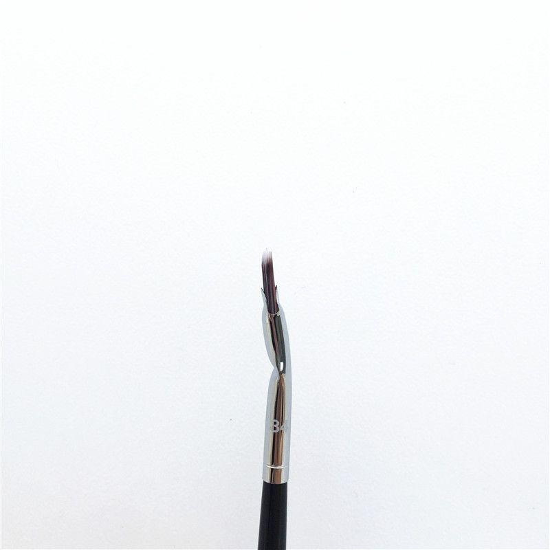 Pro Tightline / Konik / Kanatlı Göz Kalemi 32/33/37 Hassas / Stippling / Airbrush Kapatıcı 45/52/57 Anlged / Lip 81/84 - Beauty Make