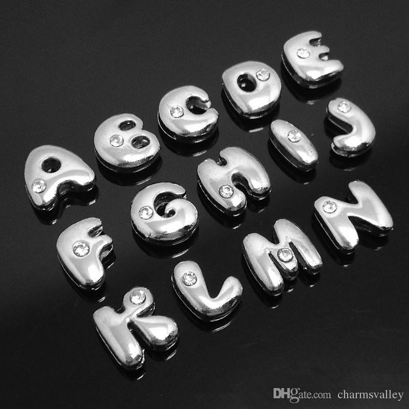 130 unids 8mm Alfabeto A-Z Letras de Diapositivas de Grasa Accesorios de bricolaje Fit 8mm Pulsera / Nombre de Mascota collar Cinturones / Llaveros