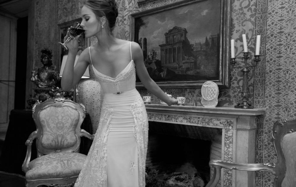 Sexy Inbal Dror Bridal Gown Lace Spaghetti Straps Backless Sheath Wedding Dresses 2018 Lace Bridal Gown Custom made