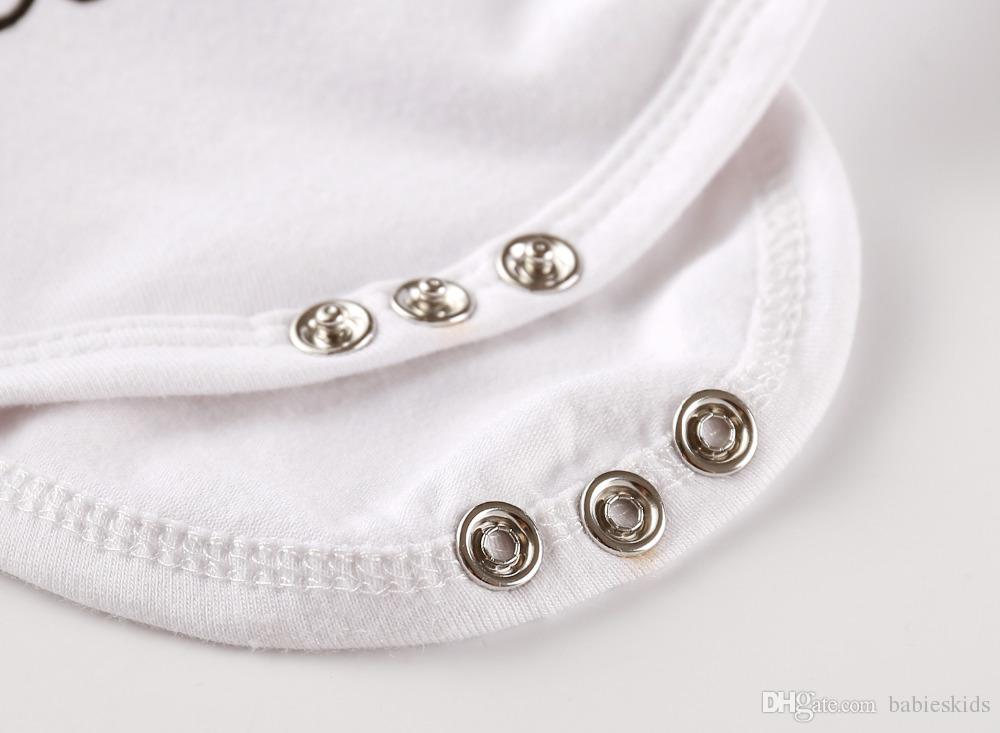 4 adet Yenidoğan Bebek Bebek Kız Giysileri Kısa Kollu Beyaz Bodysuit Tops Zebra Pantolon Kafa Kap Yürüyor Kıyafet Seti Yaz Giyim Romper
