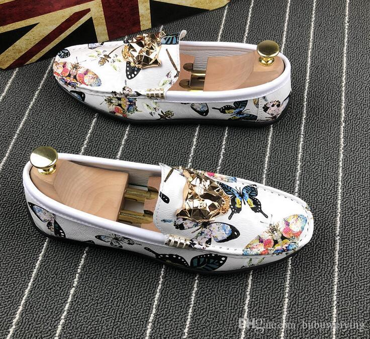 The famous brand designer mens leisure shoes Christmas gift is a pair of animal shoes.38 43 c70