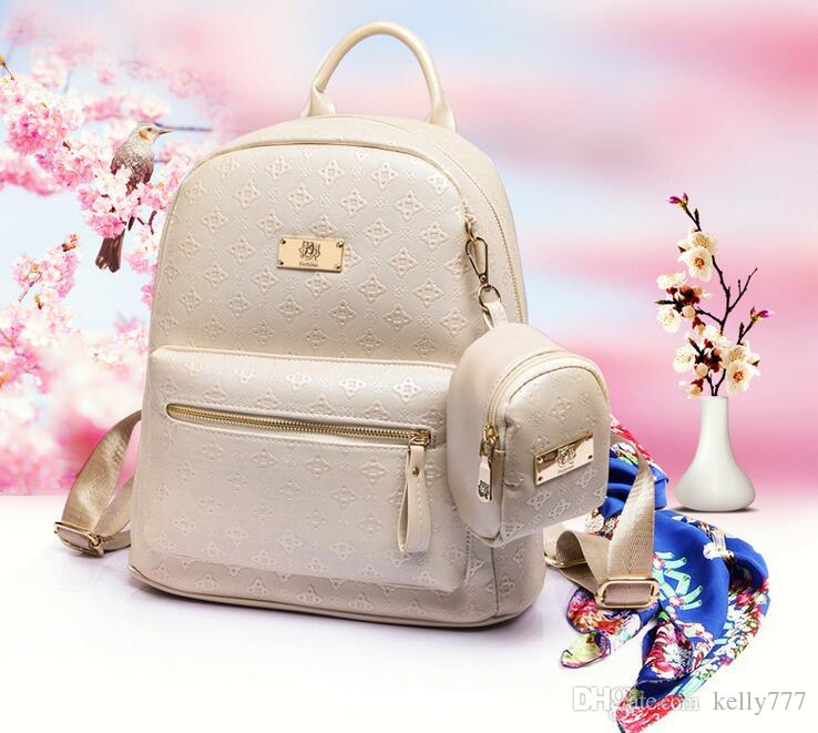 2018 new style High quality 100% girls women Backpack Fashion Bags Genuine Leather Rivet Sport Backpack N3657
