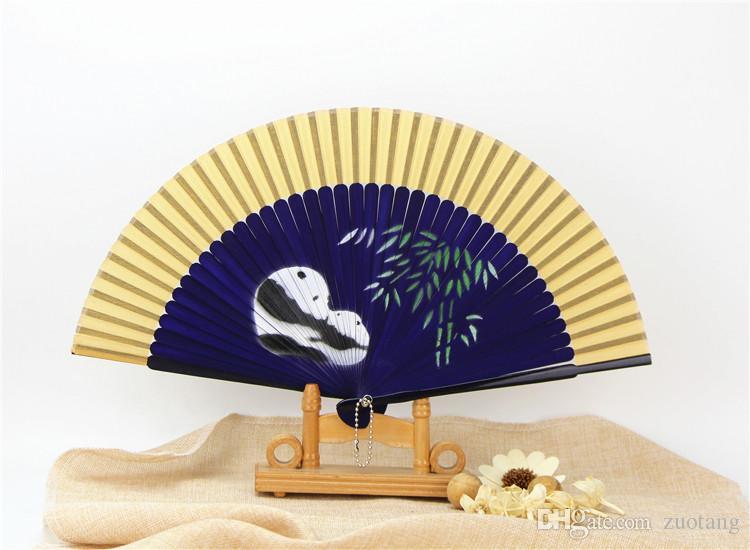 cd604874a Compre Mão Pintura Panda Fan De Seda Tradicional Artesanato De Presente Das  Senhoras Fãs De Mão Chinesa Dobrável De Bambu Pintura Fan 10 Pçs / Lote De  ...
