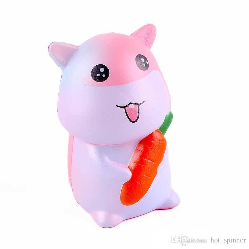 2018 Squishy Tiere 4,7 Zoll Hamster mit Karotten Squeeze Dekompression Kawaii Cartoon Cute Jumbo Spielzeug