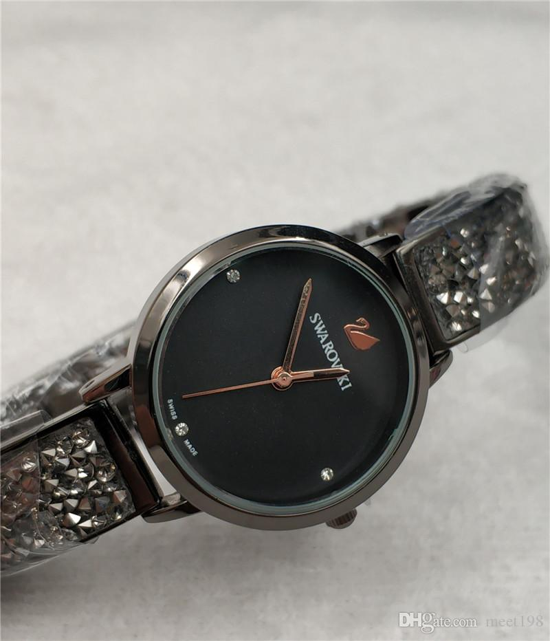 Großhandel Marken Uhr Quarz Damen Goldart Und Weiseluxuxarmbanduhren