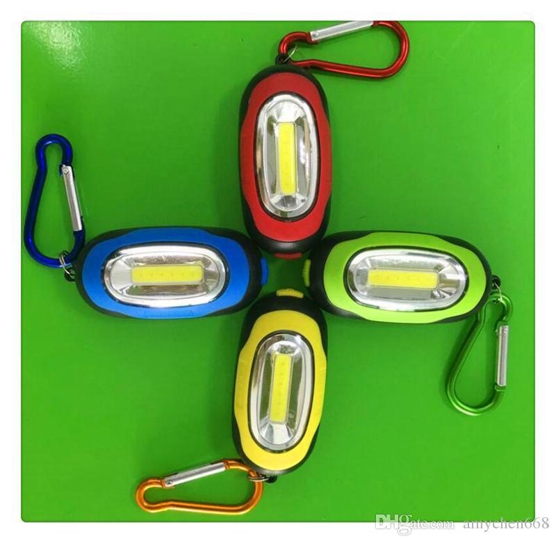 Randonnée Camping En Plein Air Gear LED Mini Keychain super lumineux lampe de Poche Torch Fleur Forme Porte-clés Anneau Couleurs Mélangées livraison gratuite