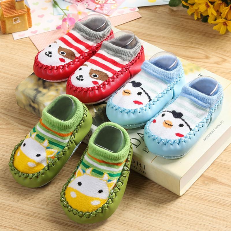 buy popular de503 780cf 5 Paare / Los Baby Schuhe Socken Kinder Infant Cartoon Socken Baby Geschenk  Kinder Indoor Boden Socken Leder Sohle Non-Slip Dicke Handtuch Socke