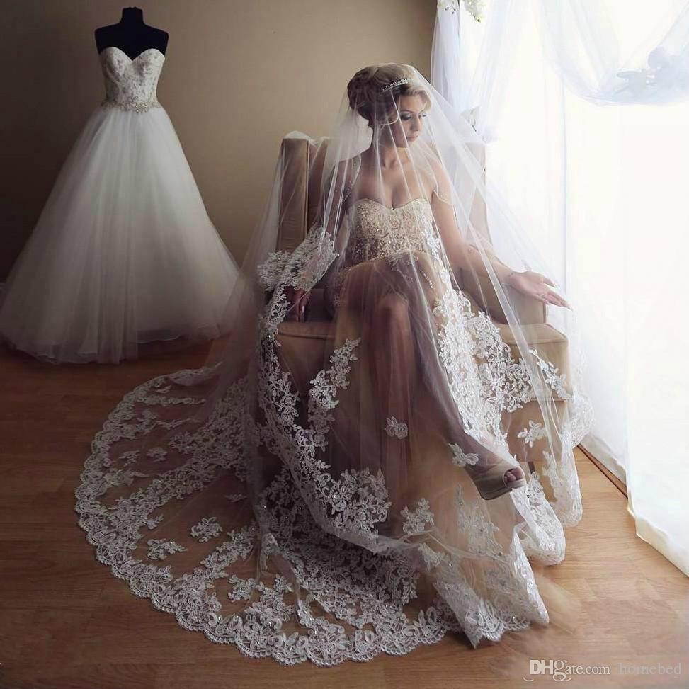 c6c7bdb124 2018 Cheap 3M Beads Wedding Veils With Lace Applique Edge Long ...
