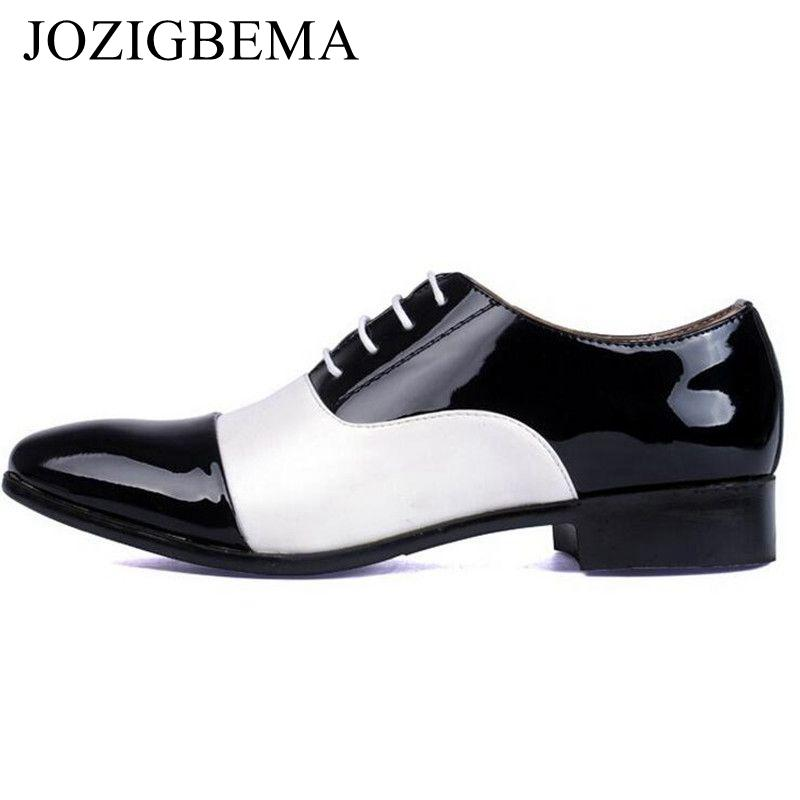 39c06b75f90 Compre JOZIGBEMA Moda Hombre Zapatos De Oficina PU Charol Hombres Zapatos  De Vestir Mixtos Blanco Negro Masculino Cuero Suave Boda Oxford A  30.39 Del  ...