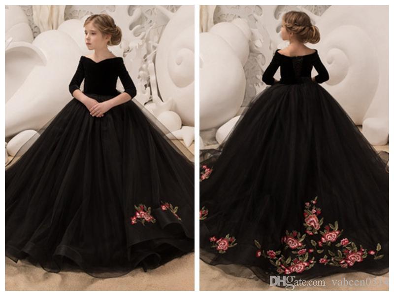 compre 2018 nuevas muchachas negro gran cola vestido de noche / niña