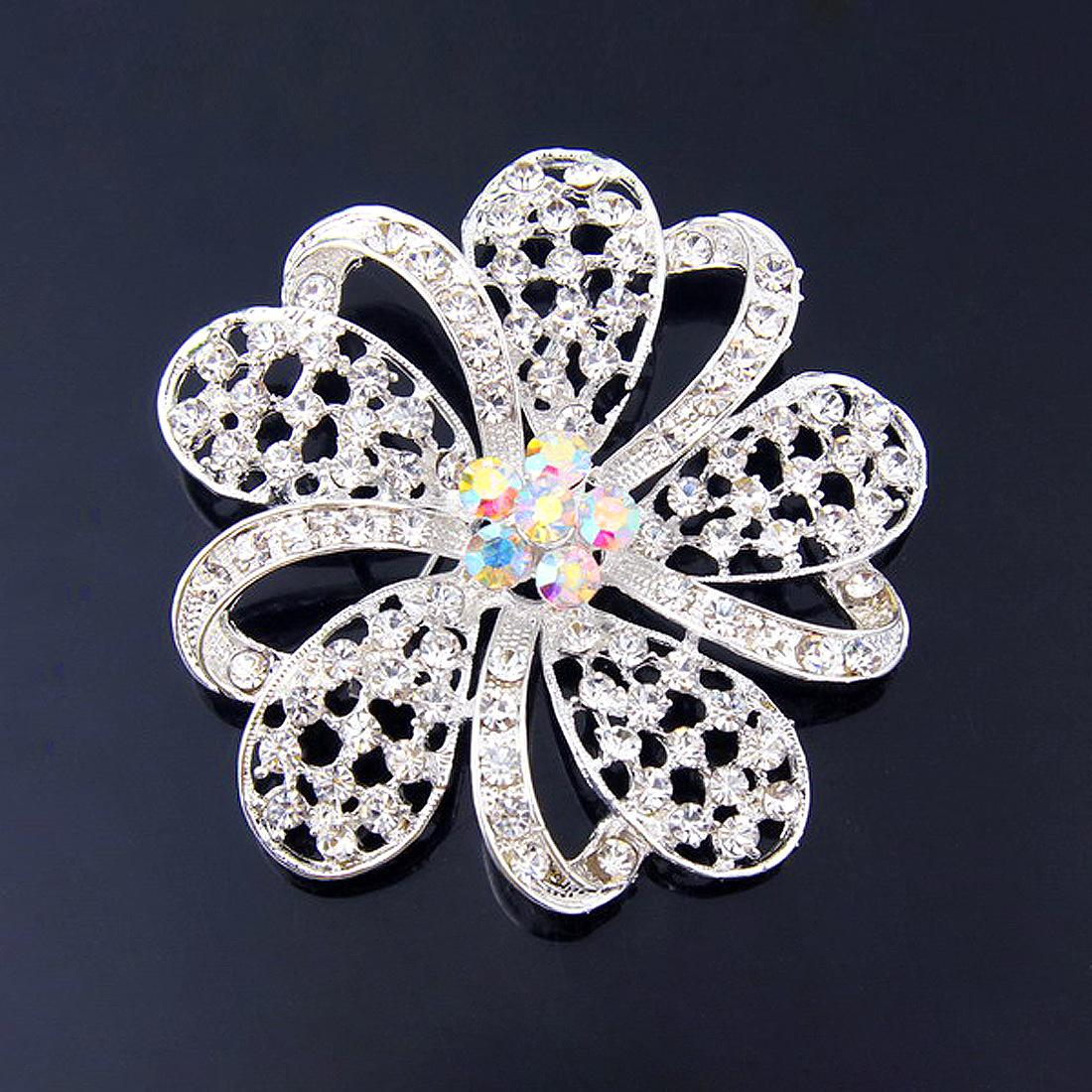 Sparkly Silver Plated Clear Rhinestone Crystal Diamante Nice Design Small Heart Flower Brooch Party Prom Gift Pins