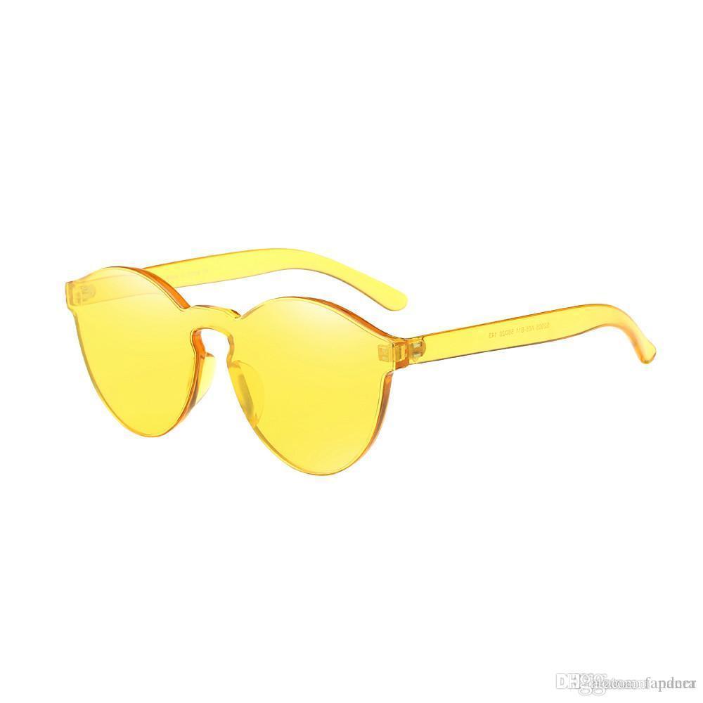 2a67f079951e8 Großhandel Womens Sonnenbrille Marke Designer Frauen Fashion Cat Eye Shades  Sonnenbrille Integrierte Uv Candy Colored Gläser Oculos Hohe Qualität Von  ...