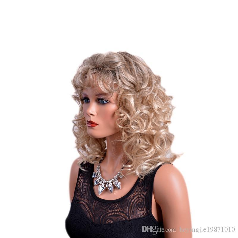Xiu Zhi Mei Hot Vente Brown perruques synthétiques bouclés avec Bangs Afro Natural Hair Full Medium perruque Ombre pour les femmes