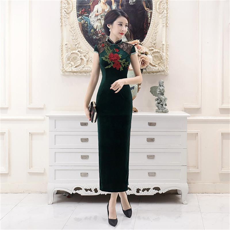 a6e30d21838 2019 Green Lace Sexy Chinese Style Evening Dress Women Velvet Novelty  Flower Long Qipao 2018 New Oversized 4XL Slim Cheongsam From Pamele