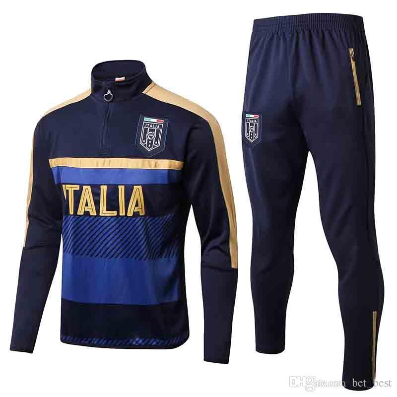 Compre Tops 2018 Homens Itália Treinamento Treino Jaqueta Mens 18 19 Itália Futebol  Jaqueta Terno Conjunto De Treino De Futebol Calças Pretas Sportwear De ... 43de1374db55d