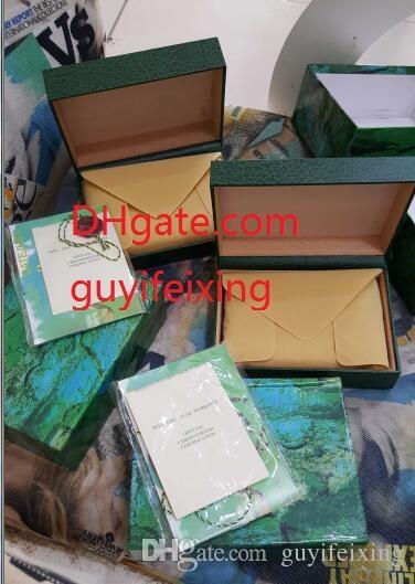 Marca de lujo Reloj para hombre Verde Caja original 116610 116660 126334 Caja de reloj exterior interno Papeles Tarjeta de folleto Relojes de pulsera Caja de cajas