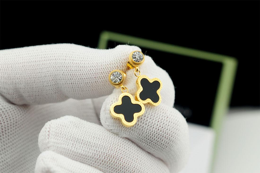 94341c7db 2019 High Quality Celebrity Design Women Letter Clover Stud Earrings ...