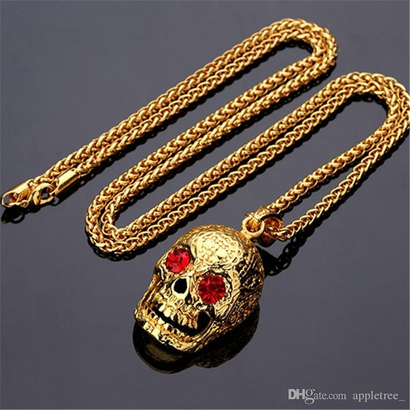 sugar the floral necklace controse skull image pendant