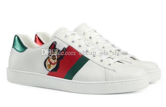 El mejor diseñador de los planos del barco mocasines zapatos casuales zapatillas de deporte para hombre blanco bajo de cuero genuino pitón tigre abeja bordado flor zapatos unisex