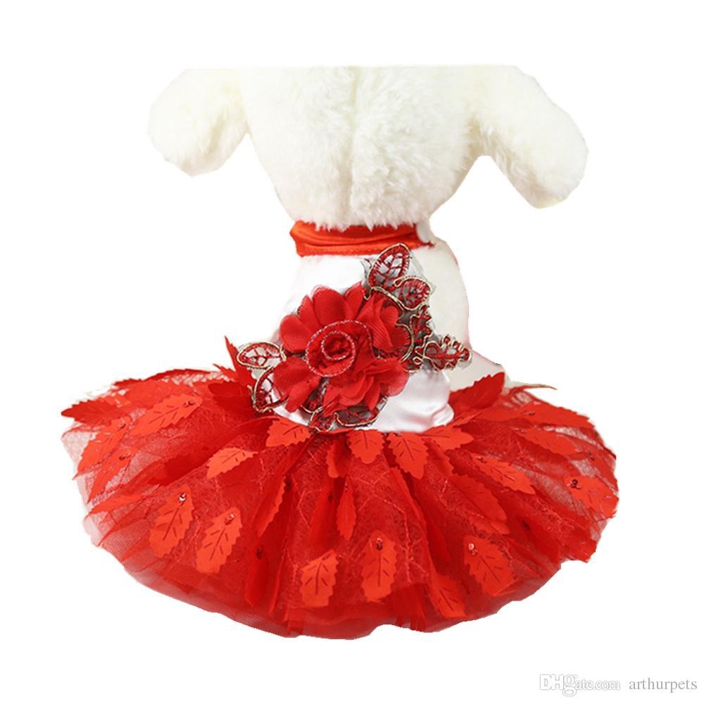 eb757cd87 2018 Nueva ropa para perros Perritos Princesa Vestido de fiesta Falda Arnés  chaleco Tenis Camiseta corta Primavera Otoño Abrigo Vestido de peluche ...