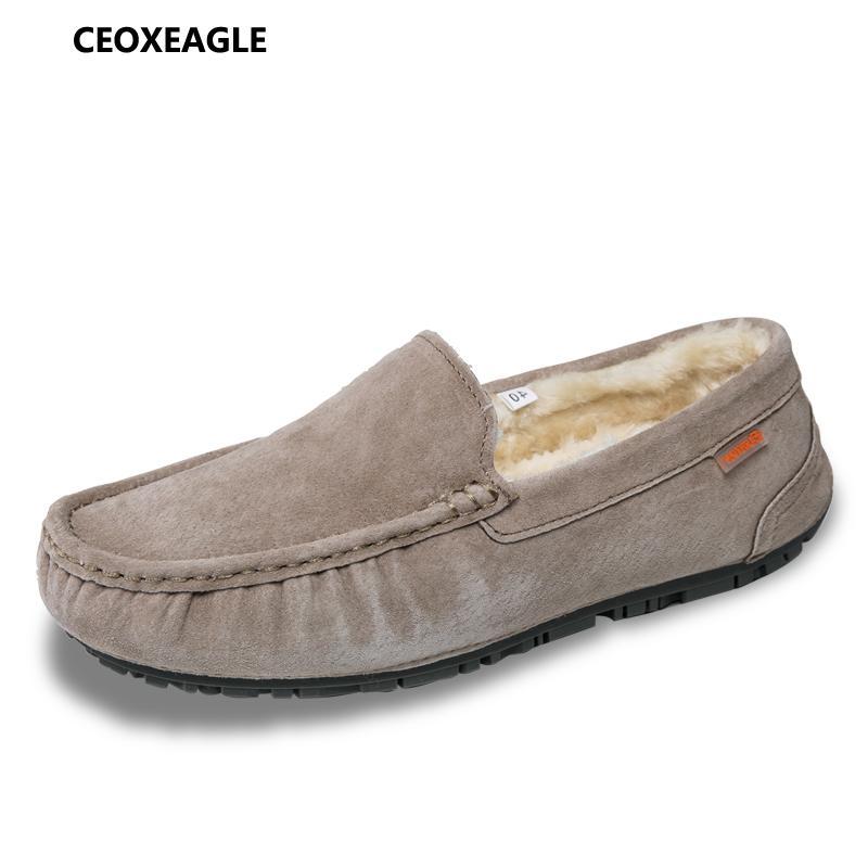 52cfc20d038 Compre CEOXEAGLE Moda Invierno Estilo Cálido Mocasines Suaves Hombres Mocasines  Zapatos De Cuero Genuino De Alta Calidad Hombres Pisos Gommino Zapatos De  ...