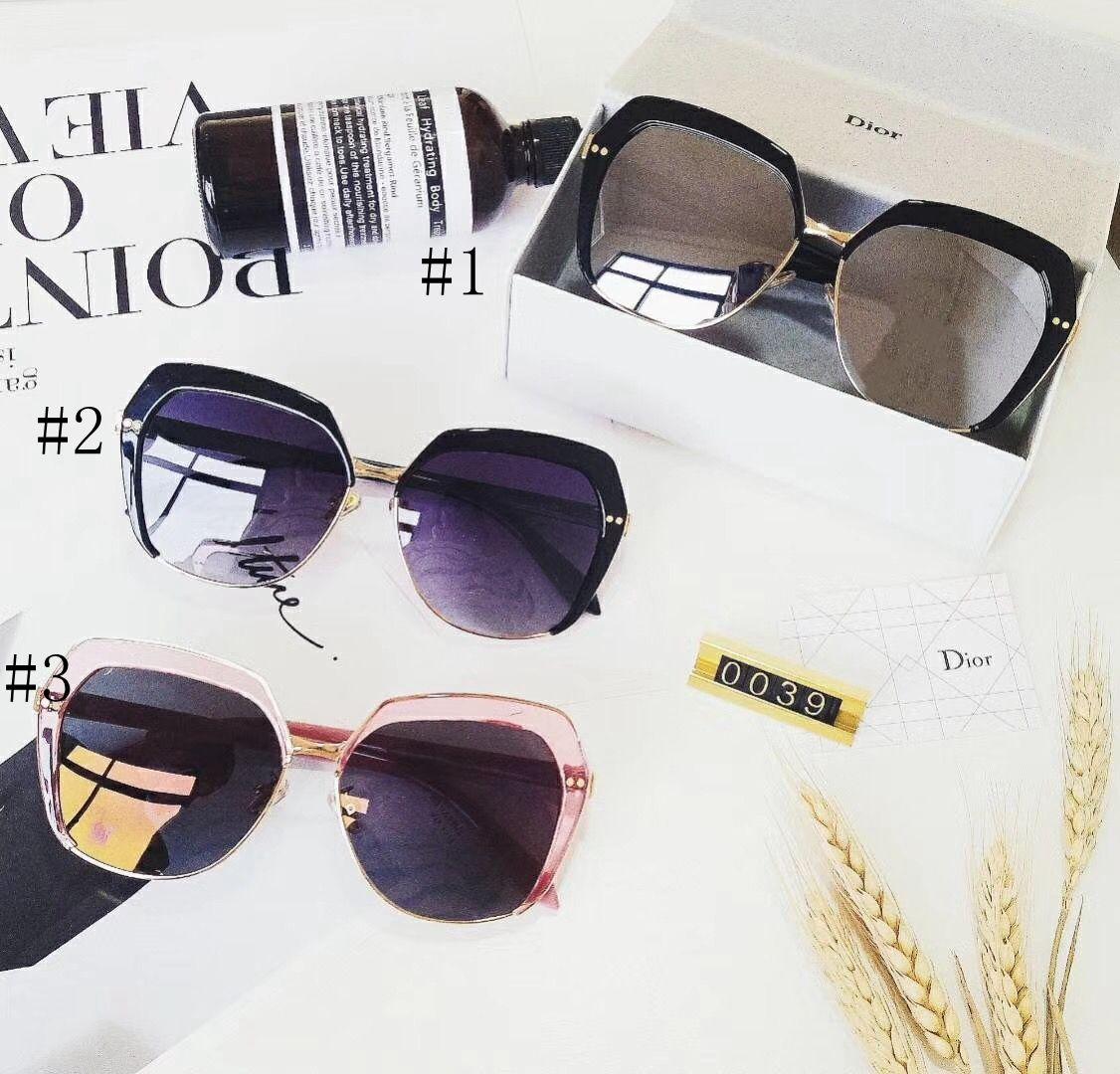 Compre Hot Vintage Óculos De Sol Das Mulheres Designer De Marca Famosa  Marca De Luxo Das Mulheres Óculos De Sol Das Senhoras Óculos De Sol Com  Casos E Caixa ... c22f0e292f