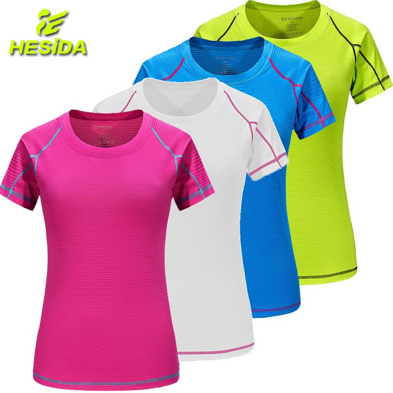 bde7095ede7 T-Shirt Women Quick Dry Breathable Sports Top Yoga Gym Fitness Clothing  Sportswear For Women's T Shirt Running Training Workout