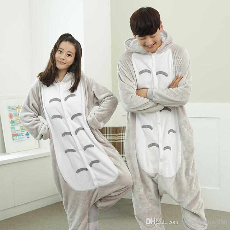 Totoro Animal Pajamas Unisex Adult Pajamas Suits Flannel Pajamas Winter  Garment Cute Cartoon Animal Onesies Pyjamas Jumpsuits Halloween Family  Themed ... 3f5861d51