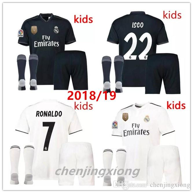 Real Madrid Kids Kits+Sock 18 19 Soccer Jerseys Boys Child Jersey 2019 2019  HOME AWAY RONALDO Asensio BALE ISCO RAMOS Football Shirts UK 2019 From ... cc7494ae4