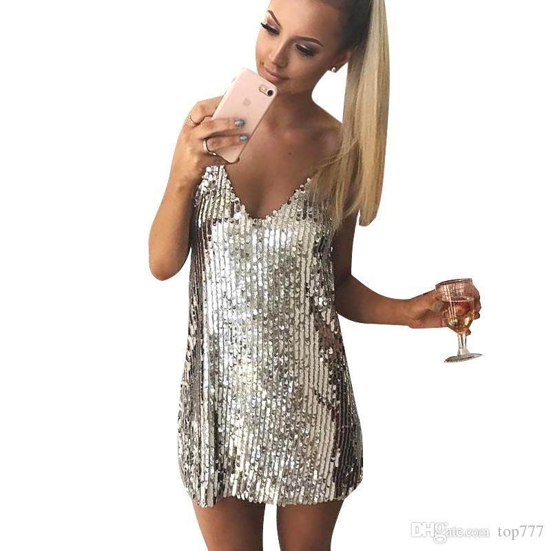 4eb8aa8a2b1c Acquista Vestito Sexy Argento Con Paillettes Abito Corto Senza Maniche  Scollo A V Profondo Vestito Da Sera Elegante Abiti Casual Da 2018 Estate A   13.31 Dal ...