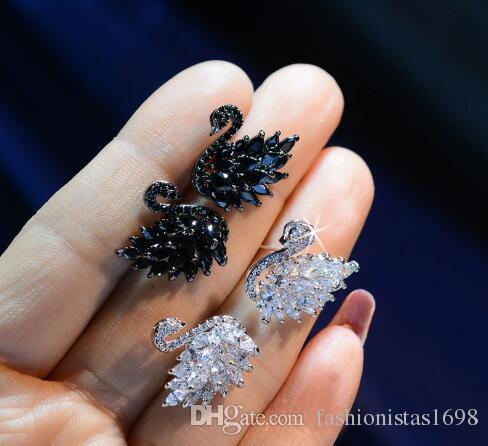 Orecchini a bottone Hot Swan Orecchini a clip in argento sterling 925 con ciondoli in oro bianco e nero Orecchini a zircone in strass moda donna coreano