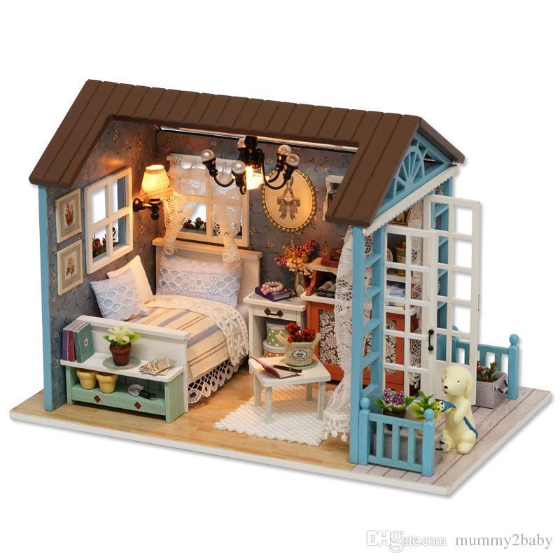 Acheter Poupée Miniature Maison En Bois Studio Kit Avec Led Lumière Meubles  Diy Artisanat Poupées Maisons Jouet Développer L intelligence Des Enfants  De ... 76dd1c33d33f
