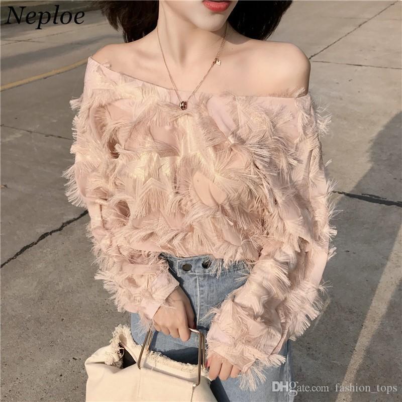 868163e214 Compre Neploe Coreano Moda Pena Patchwork Mulheres Blusa 2018 Recém Sexy  Slash Pescoço Camisas Elegantes Primavera Blusas Femininas 66936 De  Fashion tops