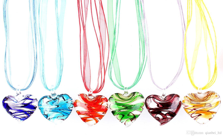 ca969928ecca Compre QianBei Al Por Mayor 6 Unids   Lote Multicolor Fantástico Corazón  Murano Lampwork Colgante De Cristal Collares Accesorios De Joyas Hecho A  Mano ...