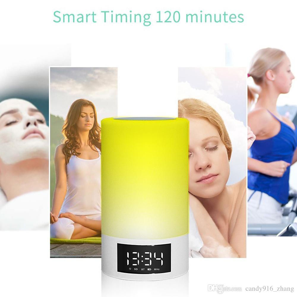 Haut-parleur Bluetooth Dimmble LED coloré lampe lampe de nuit chaud Soft Light Show Time et date Réveil en gros et au détail