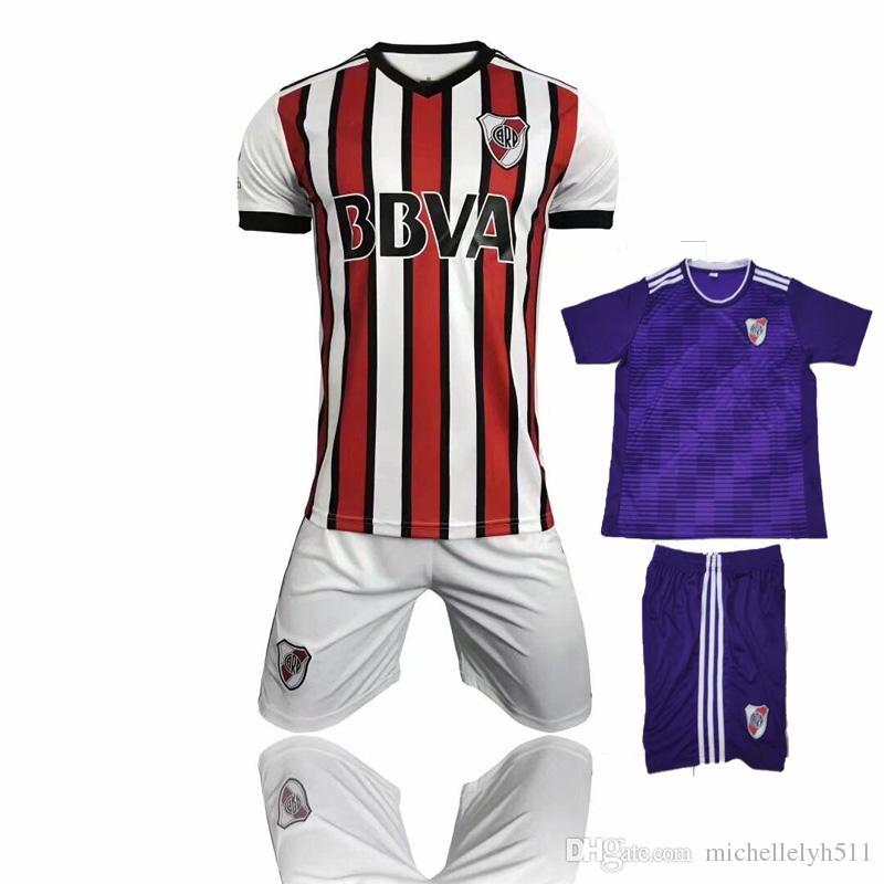 a3d2969c4a2f3 18 19 River Plate Soccer Kit 2018 2019 MARTINEZ BALANTA CAVENAGHI VANGIONI  Camiseta De Fútbol Shorts CARP Away Tercer Uniforme De Fútbol De Calidad De  ...