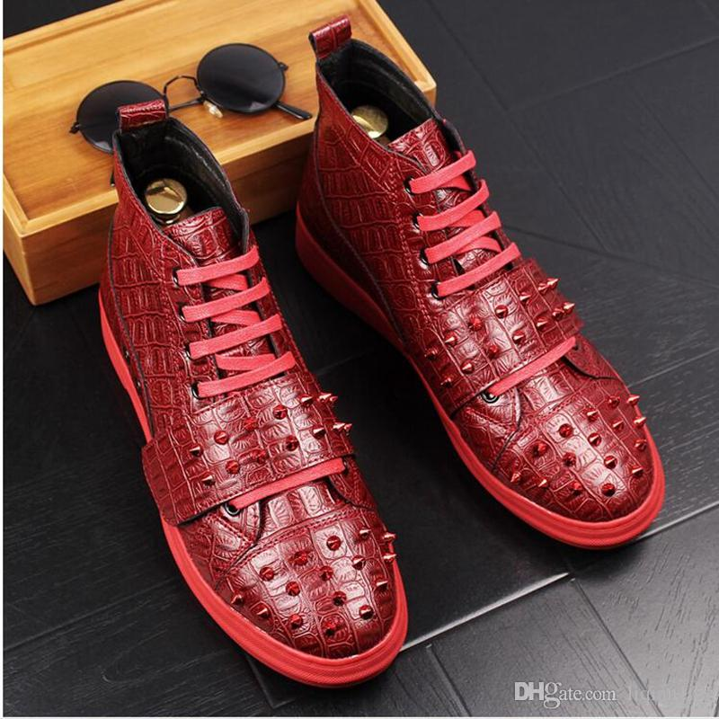 Mens Crocodile Grain Leather Skating Board Shoes Men Brand Casual High-Top Flats Young Fashion Rivets Nightclub Party Ankle Boots