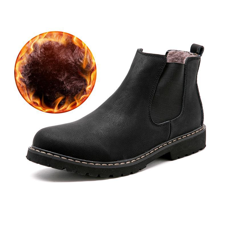 a1b61b2e8 Compre Plus Size 37 45 Chelsea Botas Homens Sapatos De Inverno Preto Dividir  Botas De Couro Dos Homens Calçados De Pelúcia Inverno Quente Para Os Homens  De ...