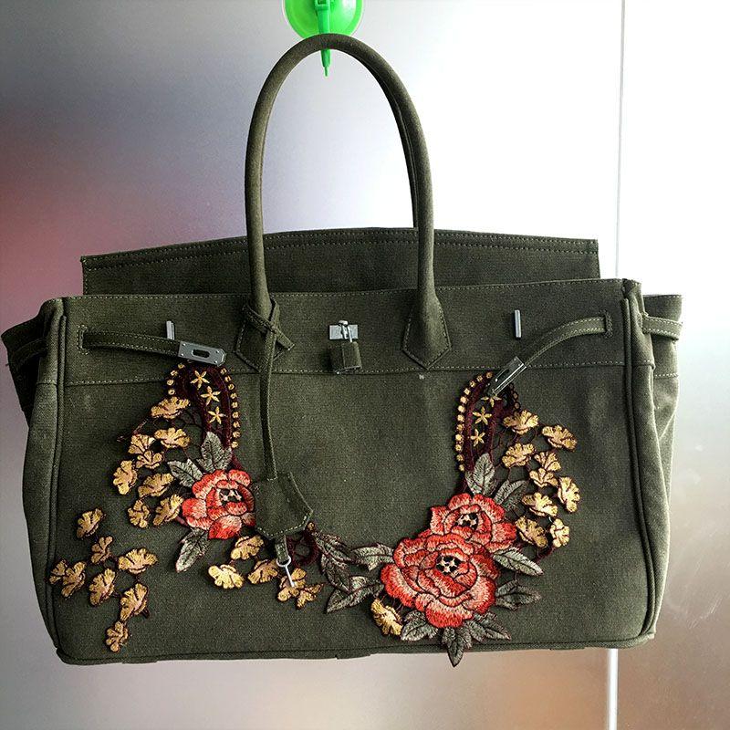 f4c949c4c4 Gamystye 2018 Flower Women Canvas HandBag Lock Hasp 18   Large Tote Design  Luxury Bolsa Feminina Designer Handbag Messenger Bags Red Handbags Pink  Handbags ...