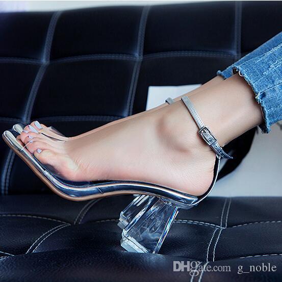 Verão 2016 novo designer de salto alto sapatos de cristal de PVC transapparente Peep Toe Sandals