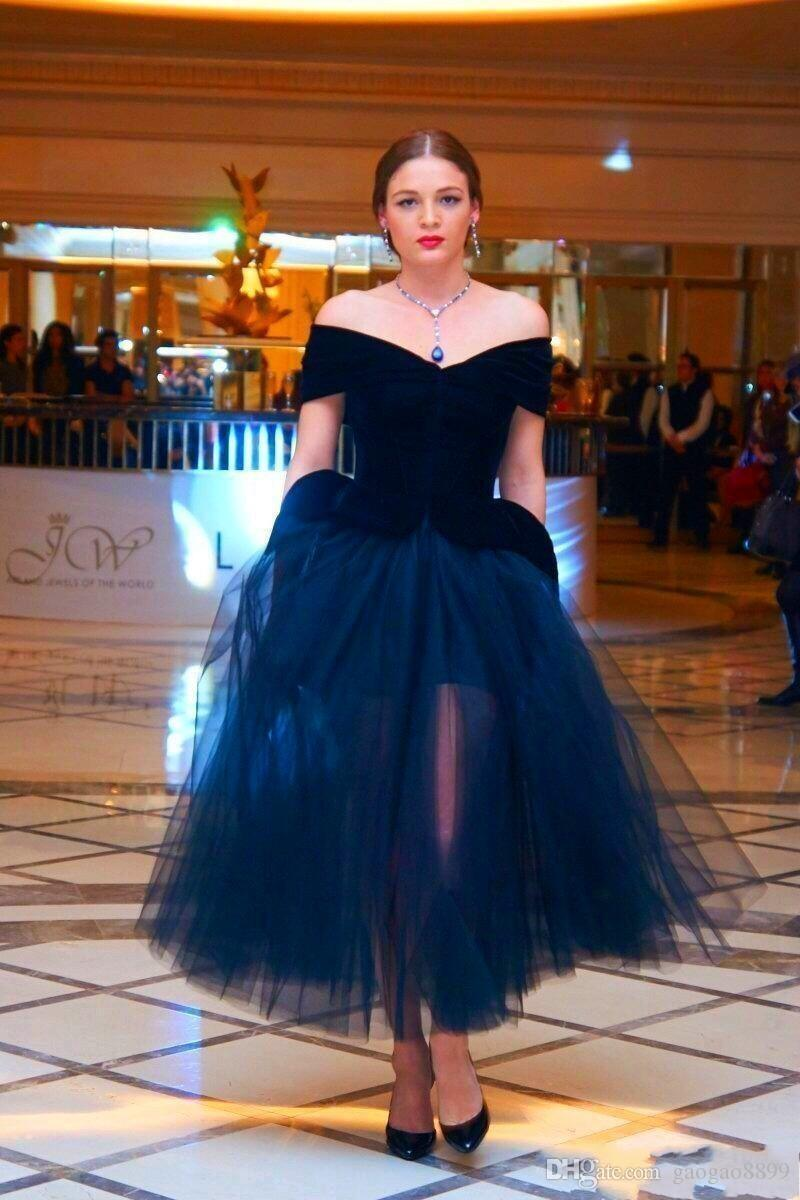 2019 Clean and Modern Arabic Party Dresses Prom Evening Wear Off The Shoulder Adult Tutu Dress Tea Length Plus Size Women Formal Occasion
