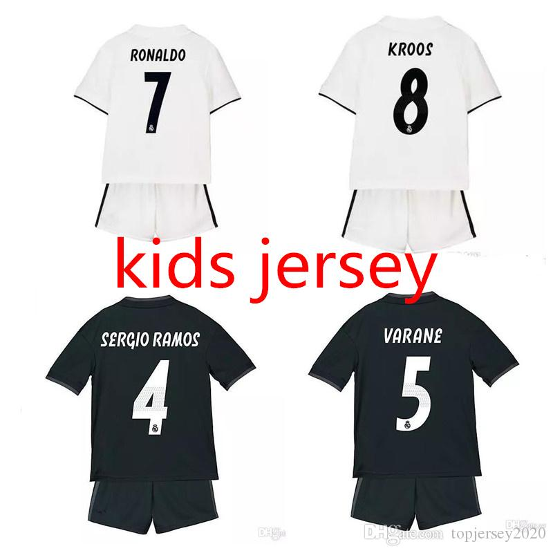 32a080497 2019 18 19 Real Madrid Kids Soccer Jerseys RAMOS MARCELO Jersey BENZEMA Boy  Football Shirt 2018 2019 RONALDO KROOS ASENSIO Camisas De Futebol From ...