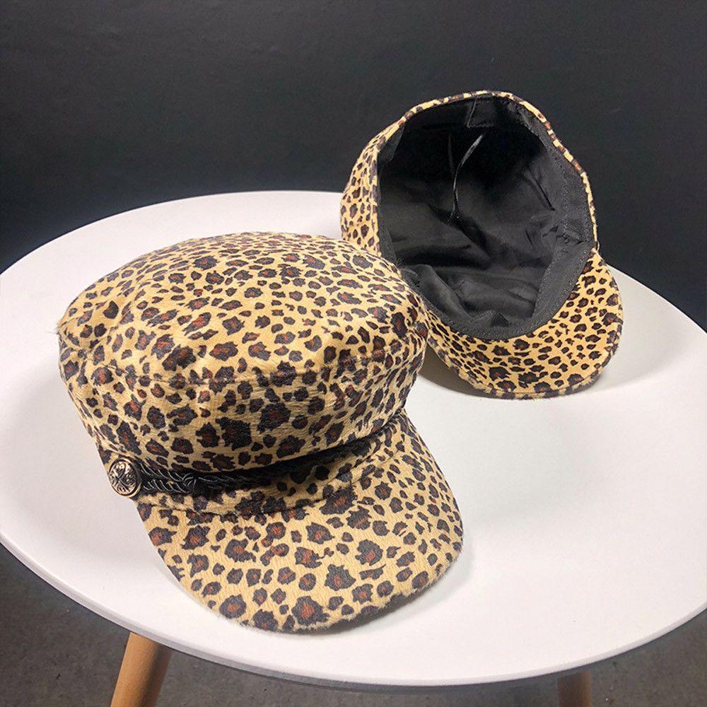 Acquista 2018 Trend Cappelli Invernali Donna Stile Francese Leopard ... 6af2c603fb80