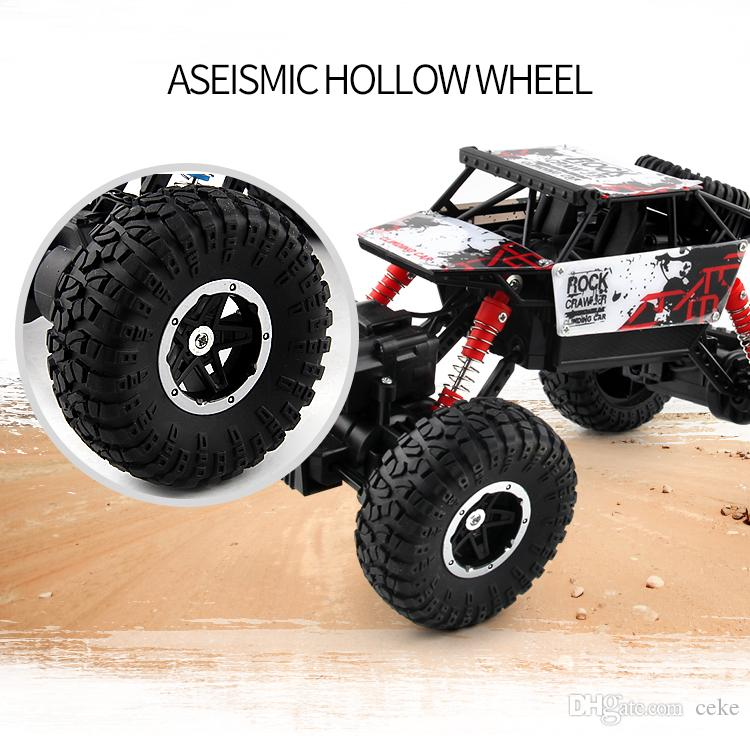 2018 New RC Car 2.4G 4CH 4WD 4x4 Driving Car Double Motors Drive Bigfoot Cars Remote Control Cars SUV Off-Road Vehicle Truck