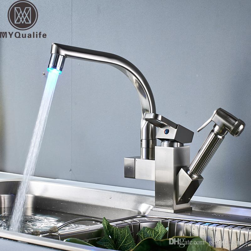 Wholesale And Retail Brushed Nickel Kitchen Sink Faucet LED Light Swivel Spout Deck Mounted Pull Out Shower Sprayer Head Bathroom Kitchen Mi