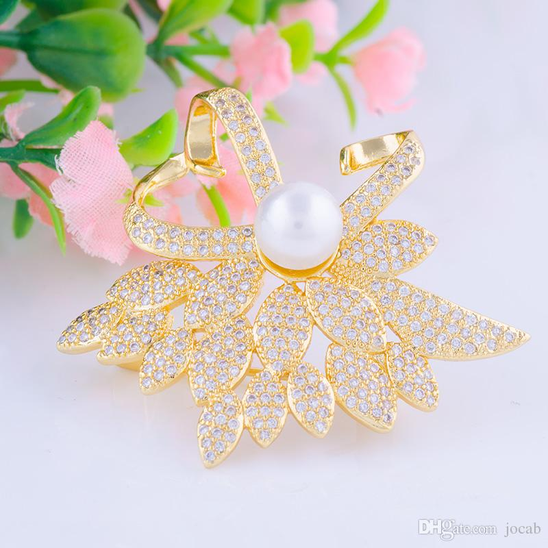 Wholesale Elegant Pearl Flower Pins Brooches Overcoat Cubic zircon Rhinestone Brooch Pin Wedding Bridal Apparel Accessories Diy Handmade Fit
