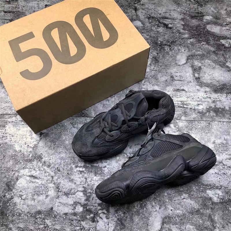 5a0bcf42e Compre La Mejor Calidad 2018 Desert Rat 500 Utility Blush Negro Kanye West Super  Moon Amarillo Zapatillas Para Hombres Mujeres Authentic Sneakers Con Caja A  ...