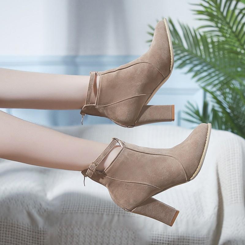 75d9dd9da5 Compre Botas Mujer 2019 Otoño Invierno Zapatos Cuñas Bota De Tacón Alto  Botas De Gamuza Mujeres Botines Negros Punta Estrecha Damas Zapatos Botas  Mujer A ...